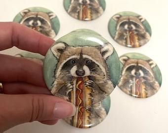 Magnet - Hot Dog Raccoon