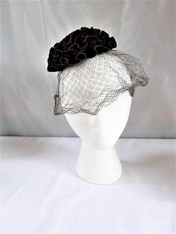 1930's-40's  FASCINATOR  HAT