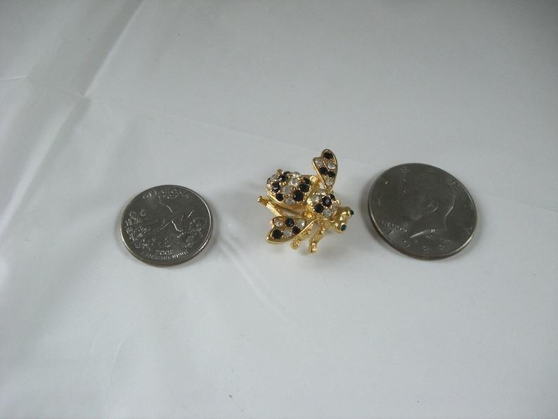 JOAN RIVERS  Legendary Bumble Bee Pin