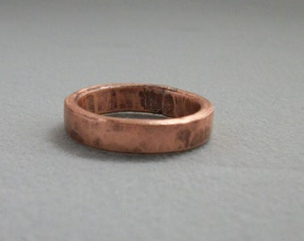 Hammered copper ring band, hand forged - copper jewelry - rustic ring - size US 7.5 - pinky ring