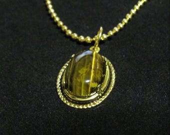 Tiger Eye Cabachon Pendant Necklace 18 inch Gold Ball Chain #E0119