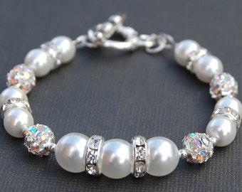 White Pearl Jewelry, Bridal Bracelet, Wedding Day Jewelry, Bridesmaid Gifts, Pearl Bracelet