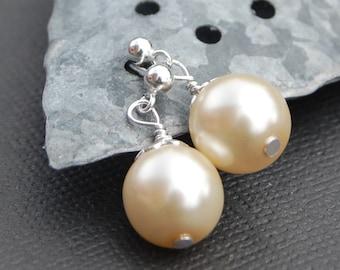 Minimal Wedding Pearl Stud Earrings, Bridal Party Jewelry, Pearl Post Earrings