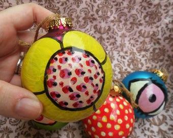 One-Of-A-Kind Painted FLOWER on a Big Vintage Christmas BALL, Yellow on Hot Pink, Twine To Hang, by Yael Bolender