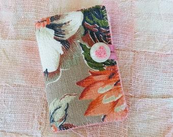 TRAVEL Sewing Fabric Mending Kit Needlebook BARKCLOTH Needles Thread Pins Vacation Purse Bag Backpack Tote Emergency Wardrobe Malfunctions