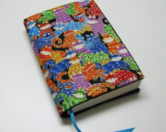 Book cover, TRADE SIZE, paperback, book protector, bathroom reader, cotton, padded cover, ribbon bookmark, Gilt edged cats!