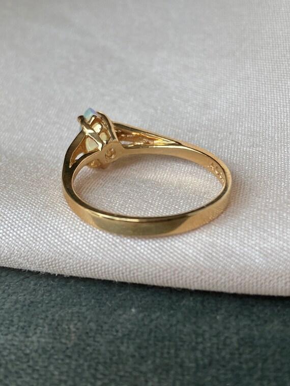 Vintage 14K Opal Solitaire Gold Ring - image 4