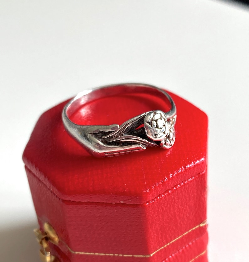 Vintage Sterling Silver Figa Hand Holding Bouquet of Flowers Giardinetti Ring