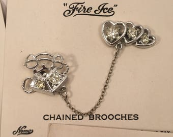 1950s 50s Original Vintage Dead stock Chained Brooches Pins Telephone 1940s 40s Novelty Rockabilly Pinup Pin up VLV Glamour Sweetheart Retro