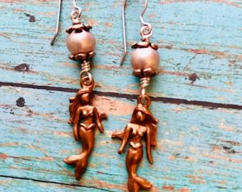 Mermaid Earrings, Beach Jewelry, Pearl Earrings, Copper Earrings, 3D Charm Cruise Jewelry, Mermaid Jewelry, Mermaid Charm, Pearl Jewelry