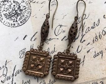 Chocolate Brass Earrings, 3D Charm Earrings, Filigree Earrings, Vintage Style Jewelry, Unique Earrings, Romantic Earrings, Antiqued Brass