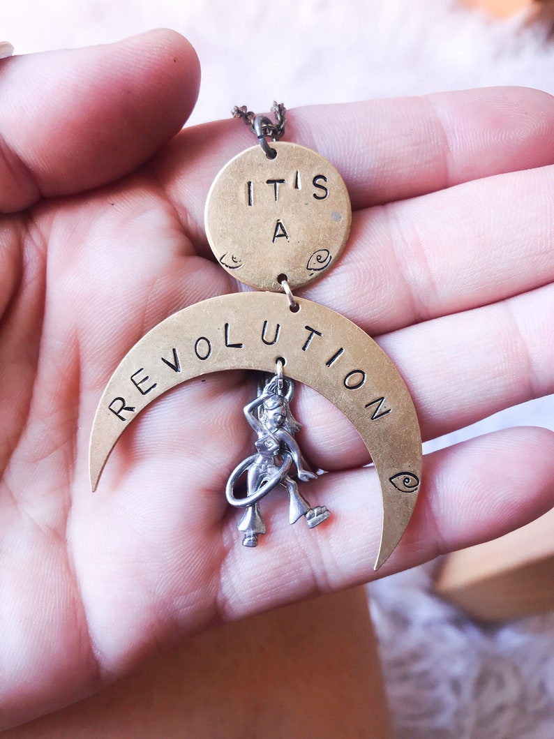 Its a Revolution Statement Necklace // Hooper Revolution image 0