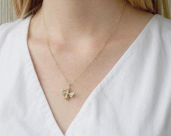 Bee Necklace, Bee Charm, Botanical Jewelry, Delicate Necklace, Layering Necklace, Gardening Gift, Queen Bee, Outdoors Gift, Bestie