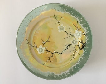 Handpainted Lusterware Plates Seafoam  Green and Acid Yellow With Unusual White Edge Design Set of Six Made in Japan 1920s Takita