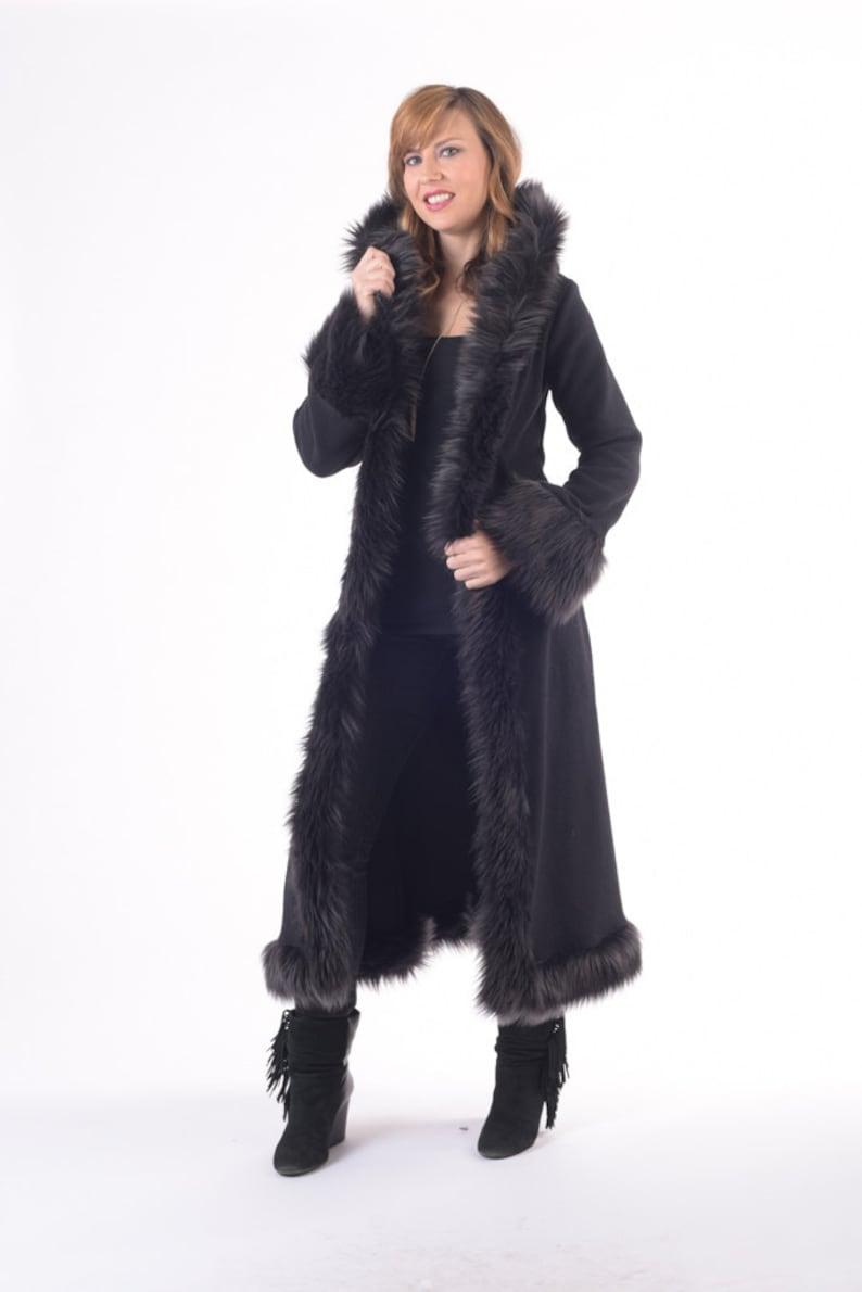 cheap for discount a4550 7e130 Giacca pelliccia baronessa ecopelle nera con cappuccio, Festival,  matrimonio, Costume