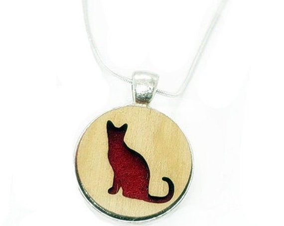 Cat pendant of plywood and felt
