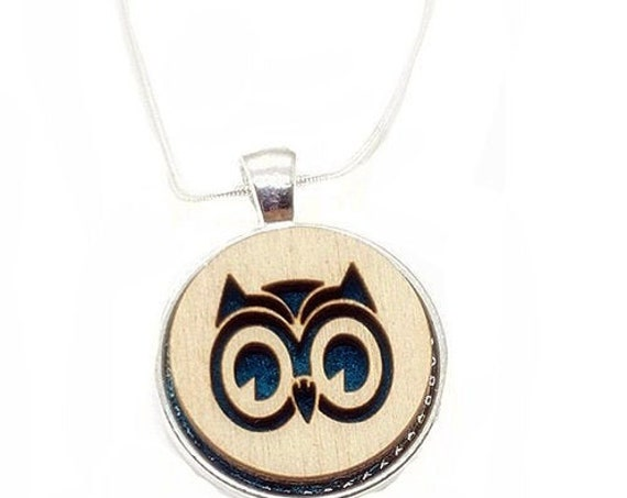 Owl pendant of plywood and felt
