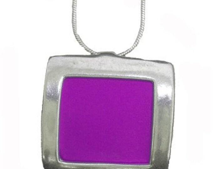 recycled aluminum/silver Fuchsia square pendant