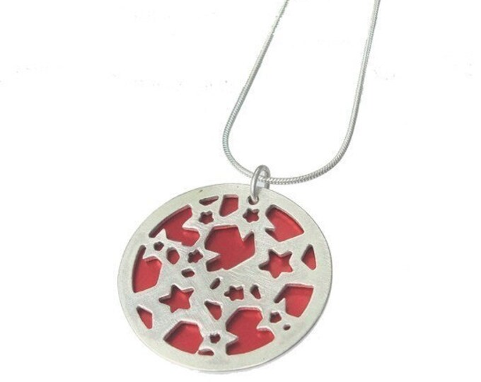 Small reversible Stars pendant with RED front and JET back