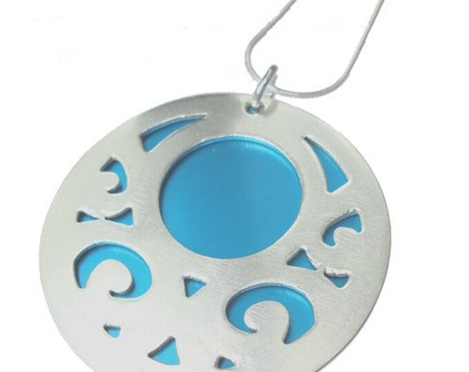 Large reversible Swirls pendant with Aqua front and Lime back