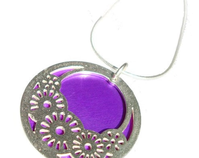 Small reversible Wheels pendant with Purple front and Orange back