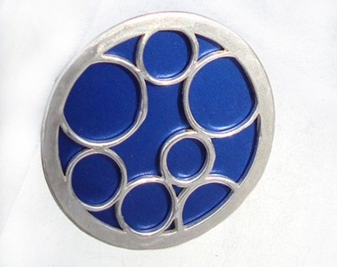 Super Size round bubble ring in blue