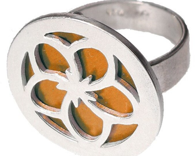Flower ring of recycled aluminum/sterling silver in Orange
