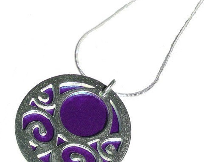 Small reversible Swirls pendant with Lime front and Purple back