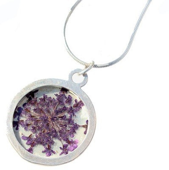 purple queen anns lace/silver pendant