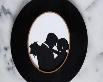 """Add an Black Oval 5"""" x 7"""" Wood Frame to your Custom Silhouette Print / Wood Oval Silhouette Frame"""