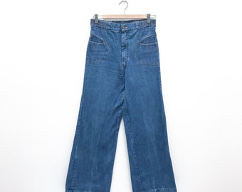 Vintage 70's High Rise Wide Leg Jeans - Size Small