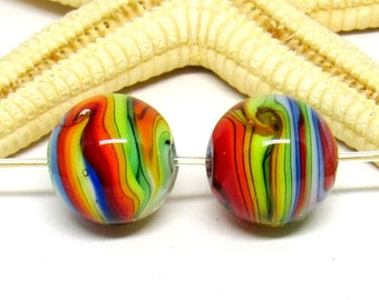 2 glassbeads, rainbow, lampwork, 13mm, hole 2mm, ready to ship