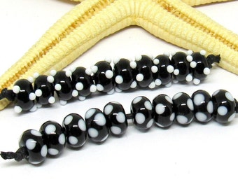 10 glassbeads SPACER, 8mmx5mm, black-white, hole 2mm, lampwork