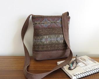 Crossbody Sweater Handbag Lined Crossbody Messenger Bag Upcycled Sweater Purse