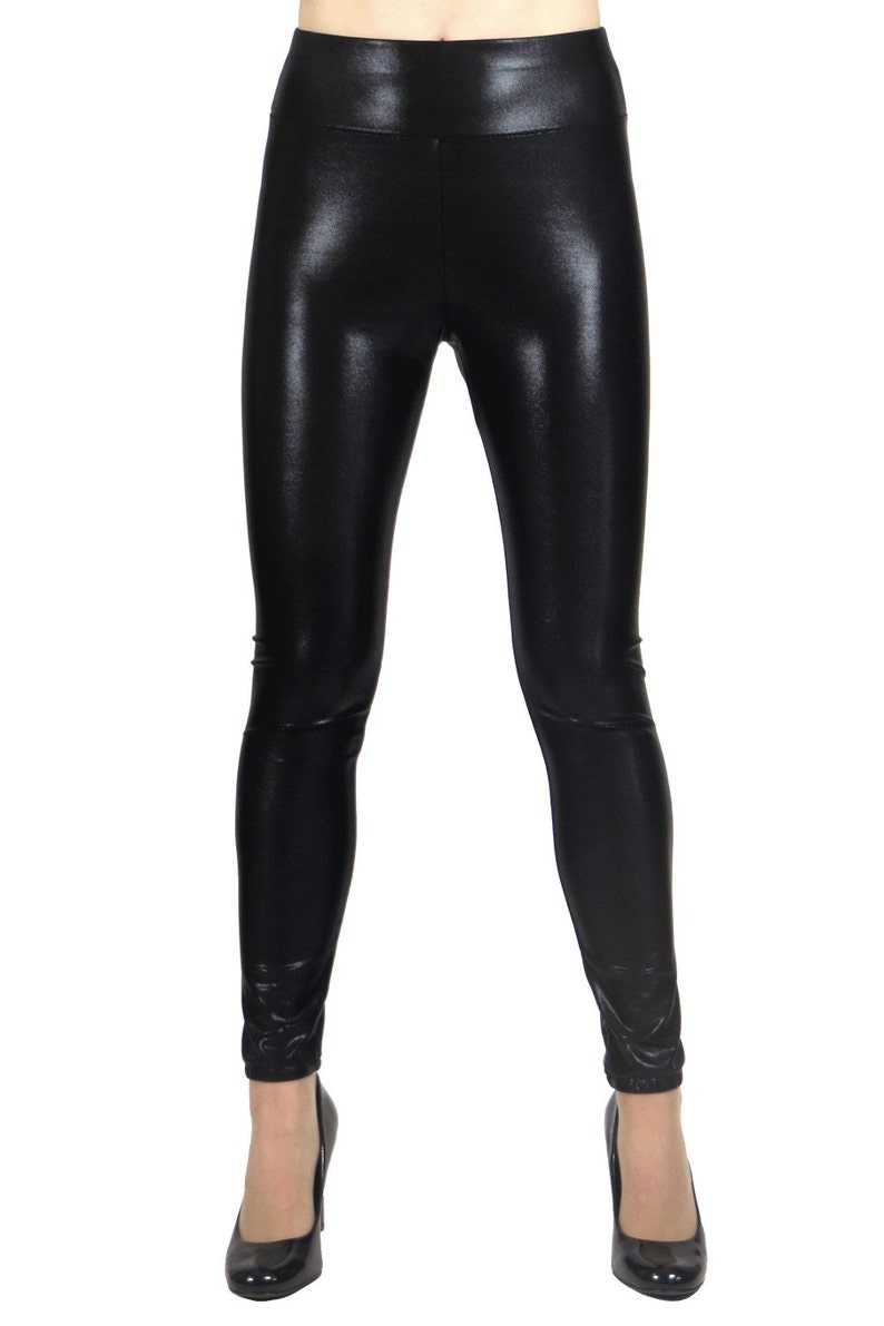 c0bfddb8bbc SAMPLE SALE  Size XL Shiny Black Metallic Leggings plus size