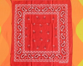 80s vintage BANDANA scarf red bandanna paisley handkerchief colorfast USA new nos
