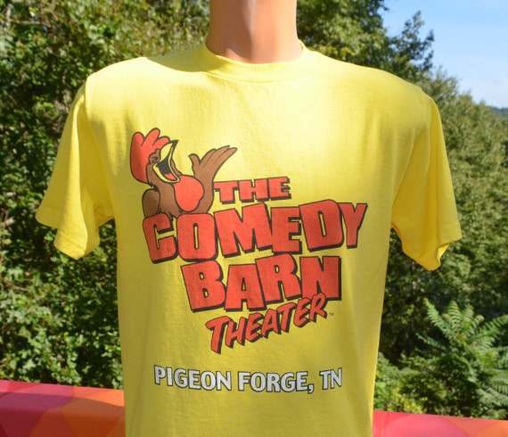 80s Vintage T-shirt COMEDY BARN Theater Pigeon Forge