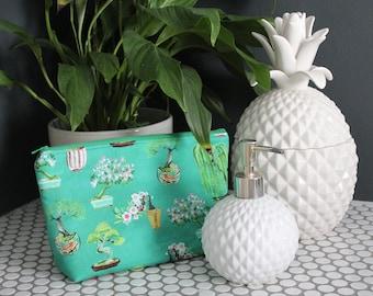 Bonsai cosmetic bag, green cotton Japanese bonsai print, gifts for her, makeup bag, gadget pouch, travel bag, green purse, Japanese print