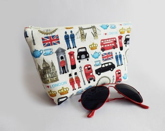 London cosmetic bag, London icons, London gift, London lover, London Bus, London taxi, Gadget pouch, makeup bag, pencil case, handbag pouch