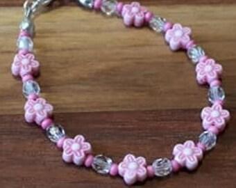 Bracelet pour fillette avec fleurs et perles de verre