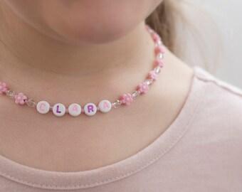 Collier pour fillette avec prénom (personnalisé), collier enfant prénom, collier alphabet, collier identification, collier prénom