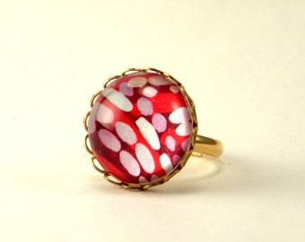 Raspberry Truffle Round Ring