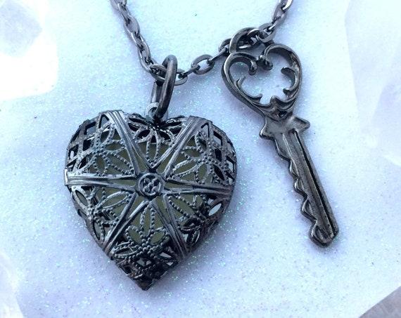 Key To My Heart Glowing Locket Necklace Gun Metal