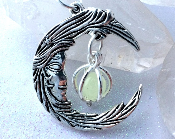 Glowing Moon Necklace Bronze or silver crescent