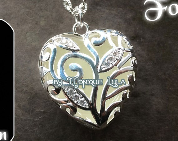 Glowing White Heart of Frozen Winter Forest Glow Necklace