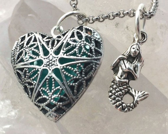 Heart of Atlantis Glow Locket