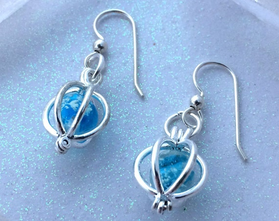 Glowing Orb Earrings for Frozen Galaxy Heart