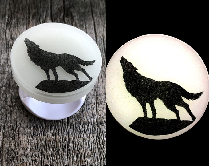 Full Moon Howling Wolf Glow in the dark phone grip stand