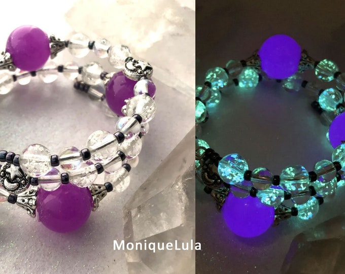 Purple Orb Galaxy Glow in the dark Glass Beaded Bracelet