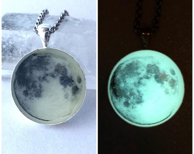 Full Moon Glow in the Dark Pendant